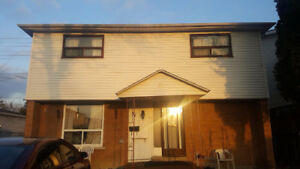 Martingrove/Albion/Finch:4 BED + Den $2200 ( see vid) avail Feb