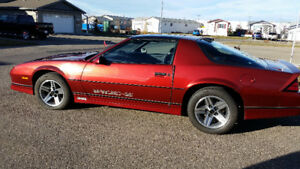 1986 Iroc Z28 Camero - A Must See!!