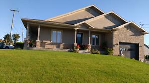 Superbe maison à vendre à Saint- Bernard