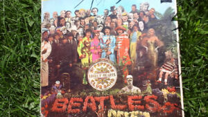 BEATLES SARGENT PEPPERS LONELY HEARTS CLUB BAND ALBUM