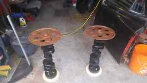 SBC CRANKSHAFT END TABLES / pedistal tables MANCAVE West Island Greater Montréal image 2