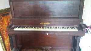 Beautiful Old Piano Free