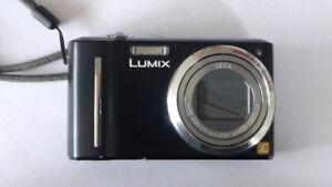 camera panasonic Lumix ZS5 pour nettoyage ou pièces