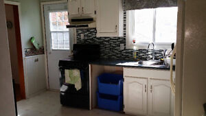 1 Bedroom in 5 bedroom clean student home, close to trent Peterborough Peterborough Area image 5