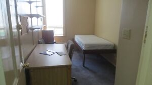 Rooms for Rent. Wanted: Frost Campus Students Kawartha Lakes Peterborough Area image 2