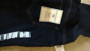 Xl bnwt maternity  jeans