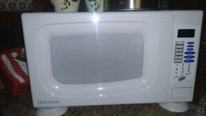 Microwave  for sale London Ontario image 1