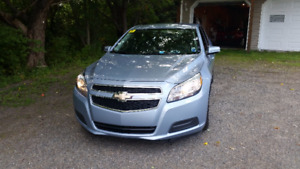 2013 Chevrolet Malibu LT Sedan Low kms ,bluetooth, back-up cam