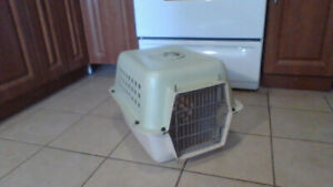 Large Cat/Small Fu-Fu Dog Carrier (Heavy-Duty) $20 !
