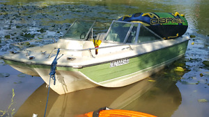 Boat and trailer for sale 85 Johnson