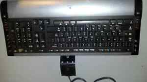 Logictech wireless Key Board and mouse London Ontario image 1