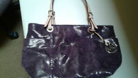 Michael Kors Authentic hand bag