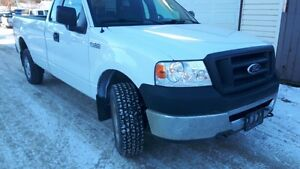 **LOW KM***** 2008 Ford F-150 4x4 ONLY 113 km **** $ 8300 obo***