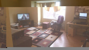 Subletting my 1 bd spacious apartment on oxford/wharncliffe
