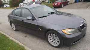 BMW 328 xi 2007 Berline 6500$ Bijoux