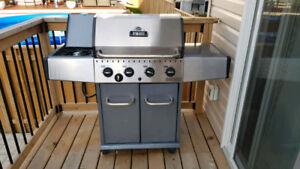 Broil Mate 4-burner BBQ