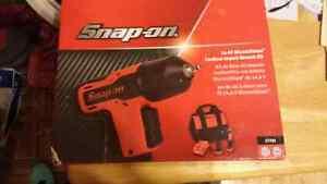 Brand new snap on impact gun