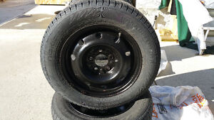 195/65R/15 NOKIAN WINTERS TIRES- Price reduced