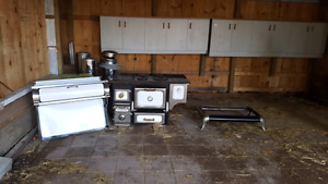 Electric/wood cookstove