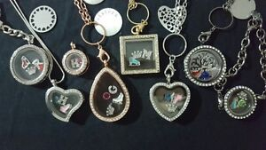 Floating Lockets & Keychains with Charms **GIFT IDEAS**