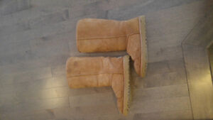 Size 7 Tall Chestnut Ugg boots new out of box
