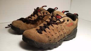 bottes THE NORTH FACE - femme  taille 8 euro 39
