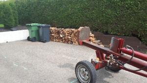 Fendage de bois de chauffage