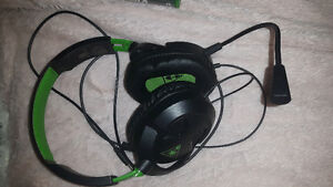 Xbox one games and headset, kinect