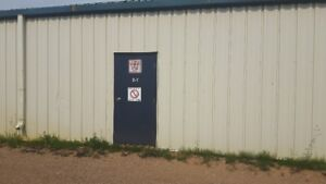 495sqft Commerical Storage Unit for Rent!
