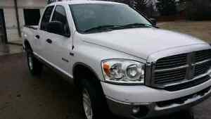 JUST REDUCED !!2008 DODGE  1500 4x4