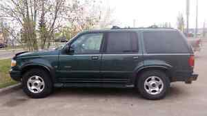 1999 Ford Explorer Limited 5.0L AWD