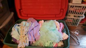 Gros Bac remplie vêtements fille 6 à 24mois