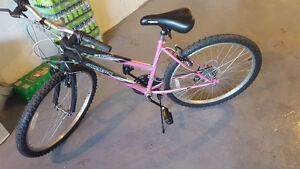 vélo de route pour femme / bike for women - 50$