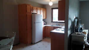 4 Bedroom - West Side Home - Available NOW - Util included