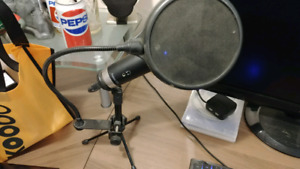M Audio Producer Microphone