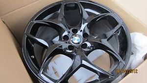 "$6,900 · 21"" BMW X6M/X5M OEM GENUINE STYLE #215 BLACK 21"" DUNLOP"
