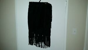 LADIES BLACK FRINGED SUEDE JACKET London Ontario image 4
