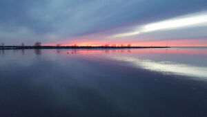 Lakefront Cottage for Sale @ Lake Simcoe 1 hr north of Toronto