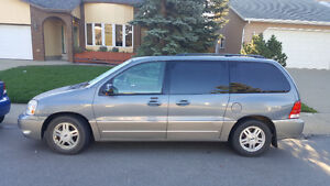 2004 Ford Freestar Limited Very Clean $2950 Call 780-919-5566