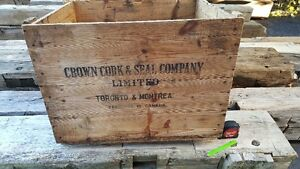 Antique wood box / crate Kitchener / Waterloo Kitchener Area image 1