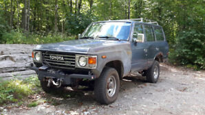 Toyota: Land Cruiser HJ60 DIESEL 5 Speed with 9,000 lb Winch