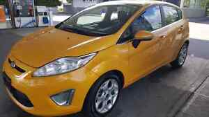 2011 Ford Fiesta SES ... low mileage