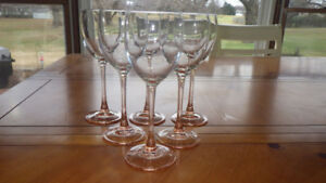 8 Wine-Glasses-Pink-Stem-Claret-Wine-in-Rose Cristal D'Arques-Du