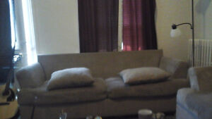 COUCH & LOVESEAT SET $150.00 - OBO