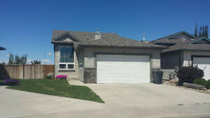 Beautiful House with a VIEW in Private Cul-de-sac in Copperwood