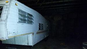 33' 5th wheel trailer - redone! Kawartha Lakes Peterborough Area image 3