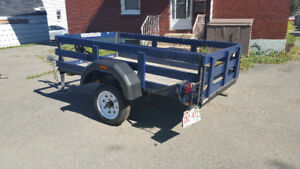 Utility trailer 4ft wide, 7ft long, reconditioned