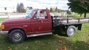 1987 Ford F-250 Pickup Truck London Ontario image 1