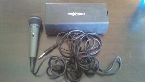 Nexxtech Dynamic Microphone