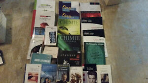 Livres cégep, romans Aurelie Laflamme et BD les nombrils